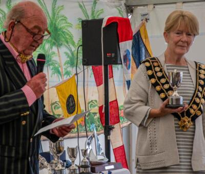 001 Ex-Mayor Digby & the De Quincey Cup with Mayor Sara Fox 1